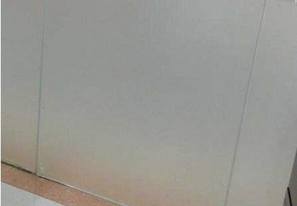 深圳磨砂钢化玻璃地址价格   深仁和供