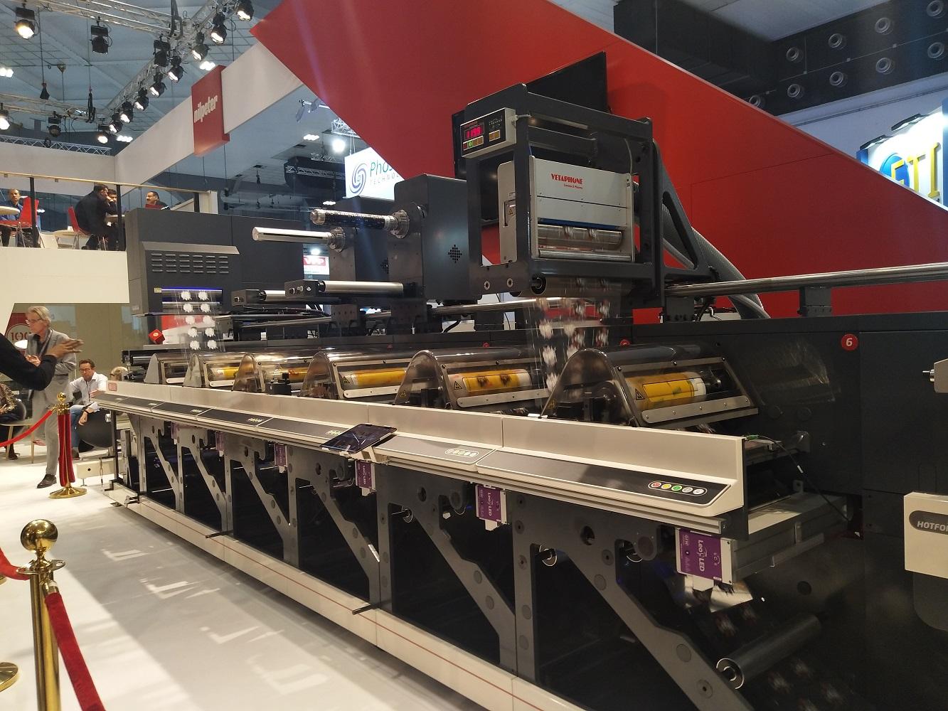 led光固化系統布魯塞爾展會gewled上海龍炫供