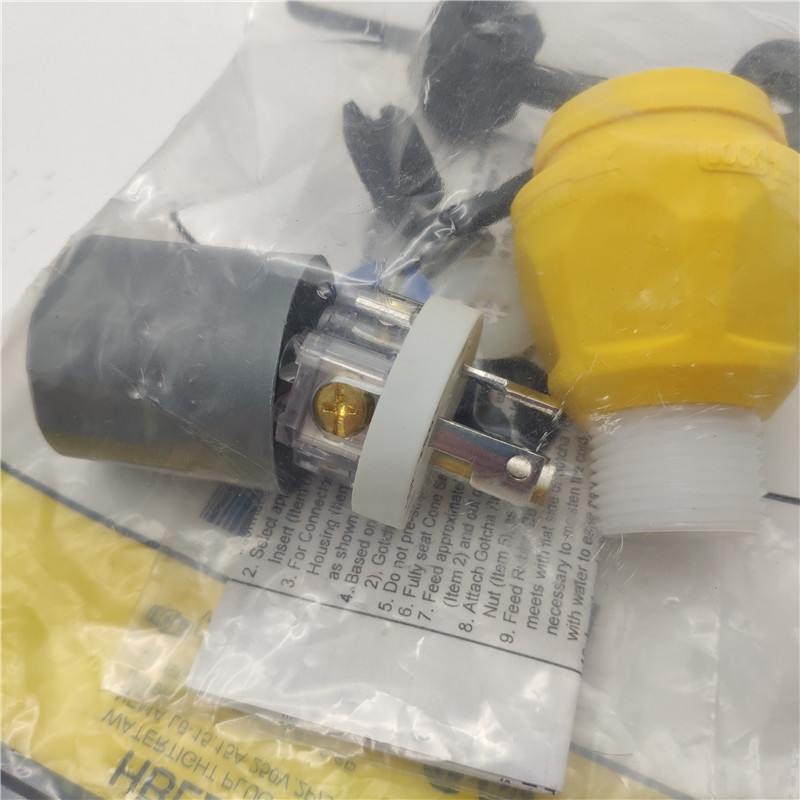 HUBBELL HBL24W49 防水插头 15A防水扭锁插头.jpg