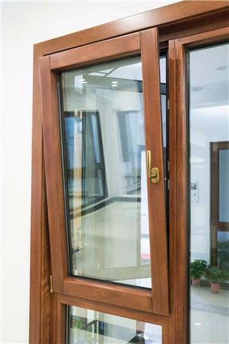 瓯海区HG135系列铝包木内开内倒窗价格 值得信赖「韦思诺系统门窗」