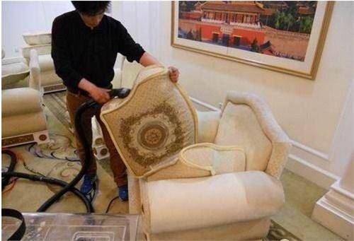 湖北地毯沙发清洗 服务为先 武汉宏通盛保洁服务供应