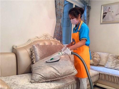 湖北省钱地毯沙发清洗诚信合作 值得信赖 武汉宏通盛保洁服务供应