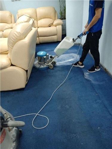 湖北本地地毯沙发清洗优化价格 诚信服务 武汉宏通盛保洁服务供应