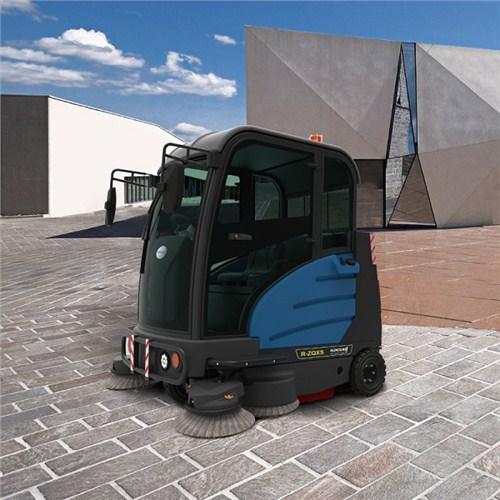 随州车库驾驶式扫地车哪里有卖的 武汉驰诚清洁设备供应