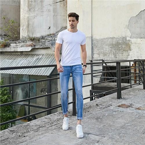 热门的牛仔裤代理免费咨询 真诚推荐「本色服饰供」