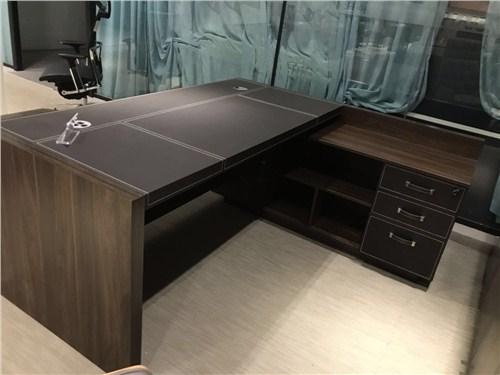 巴东老板办公桌制造厂家 欢迎咨询「武汉市鑫派冠优家具制造供应」
