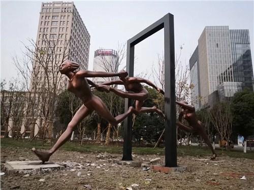 青浦区专业抽象雕塑推荐 客户至上「上海雨恭雕塑艺术工程供应」