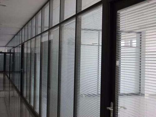 电动百叶隔断售价「上海热风铝合金制品供应」