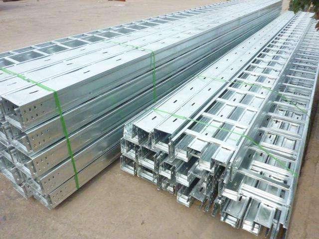 嘉兴口碑好阶梯式电缆桥架价格对比 欢迎来电「小港易合电缆桥架厂供应」