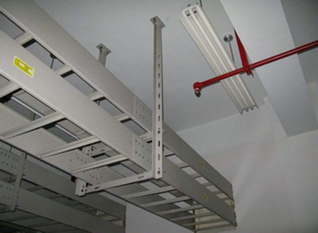 全新階梯式電纜橋架功能 服務為先「小港易合電纜橋架廠供應」