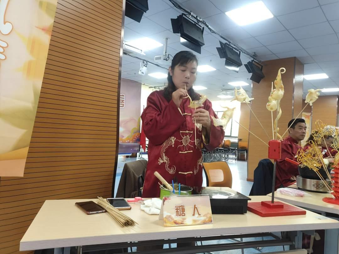 闵行区正宗舞龙舞狮诚信为本 服务至上「昆山通艺文化传媒供应」