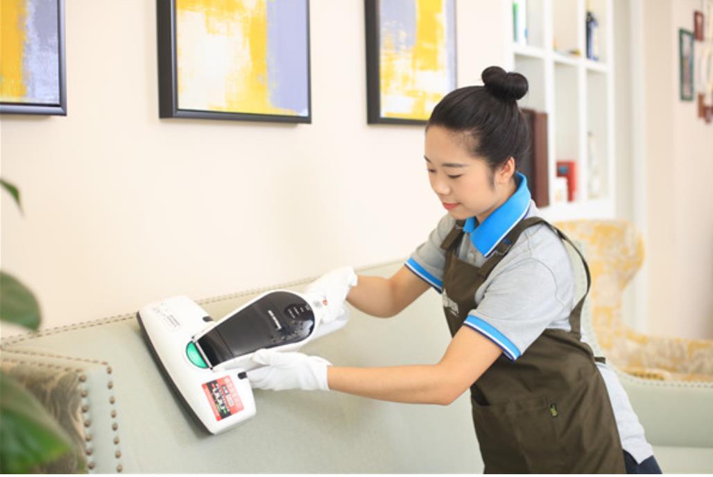 吴江区知名家政价格 欢迎咨询 吴中经济技术开发区艾美诺家政服务供应