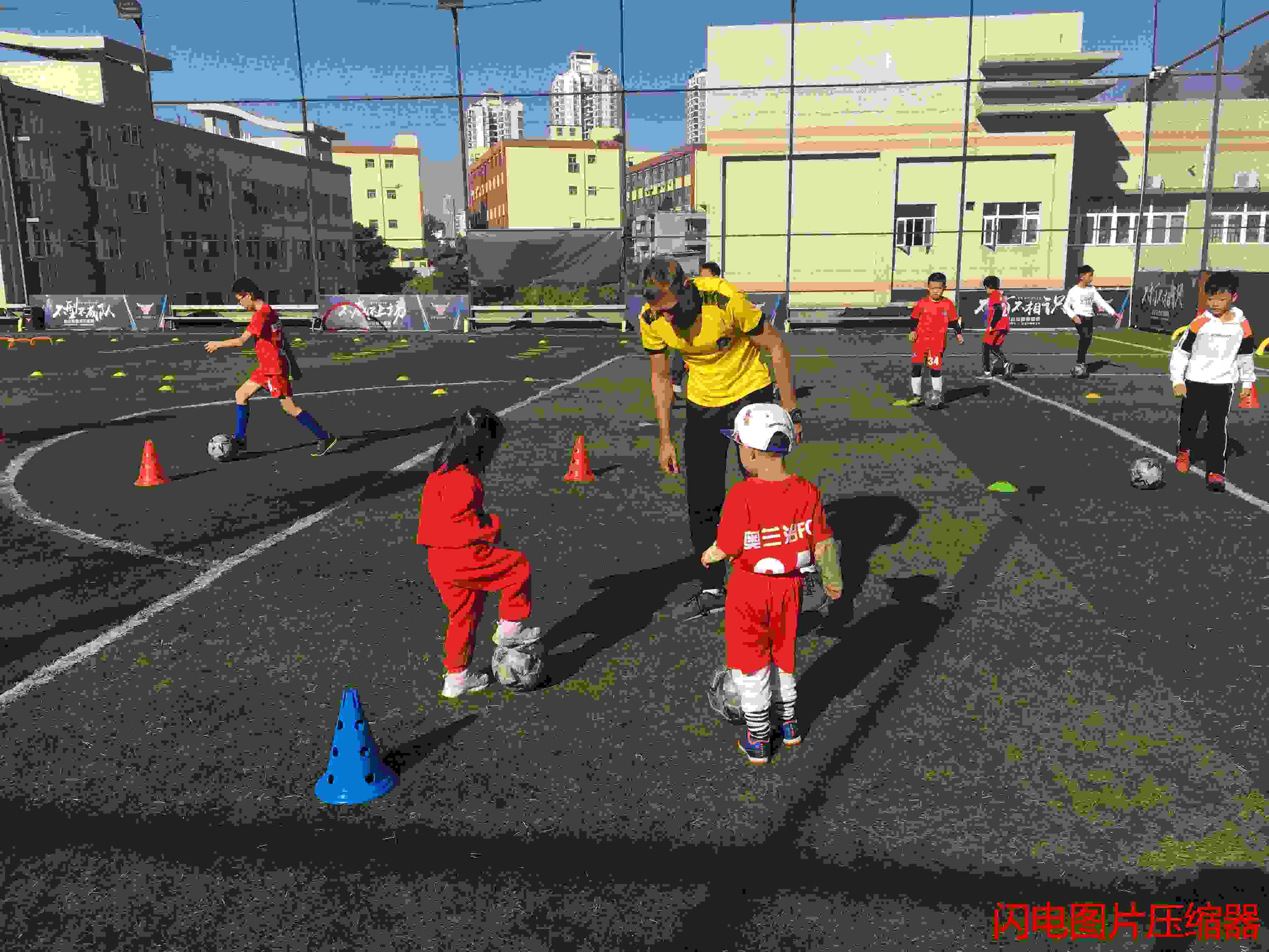 民治中学足球培训一对一「奥兰治体育产业(深圳)供应」