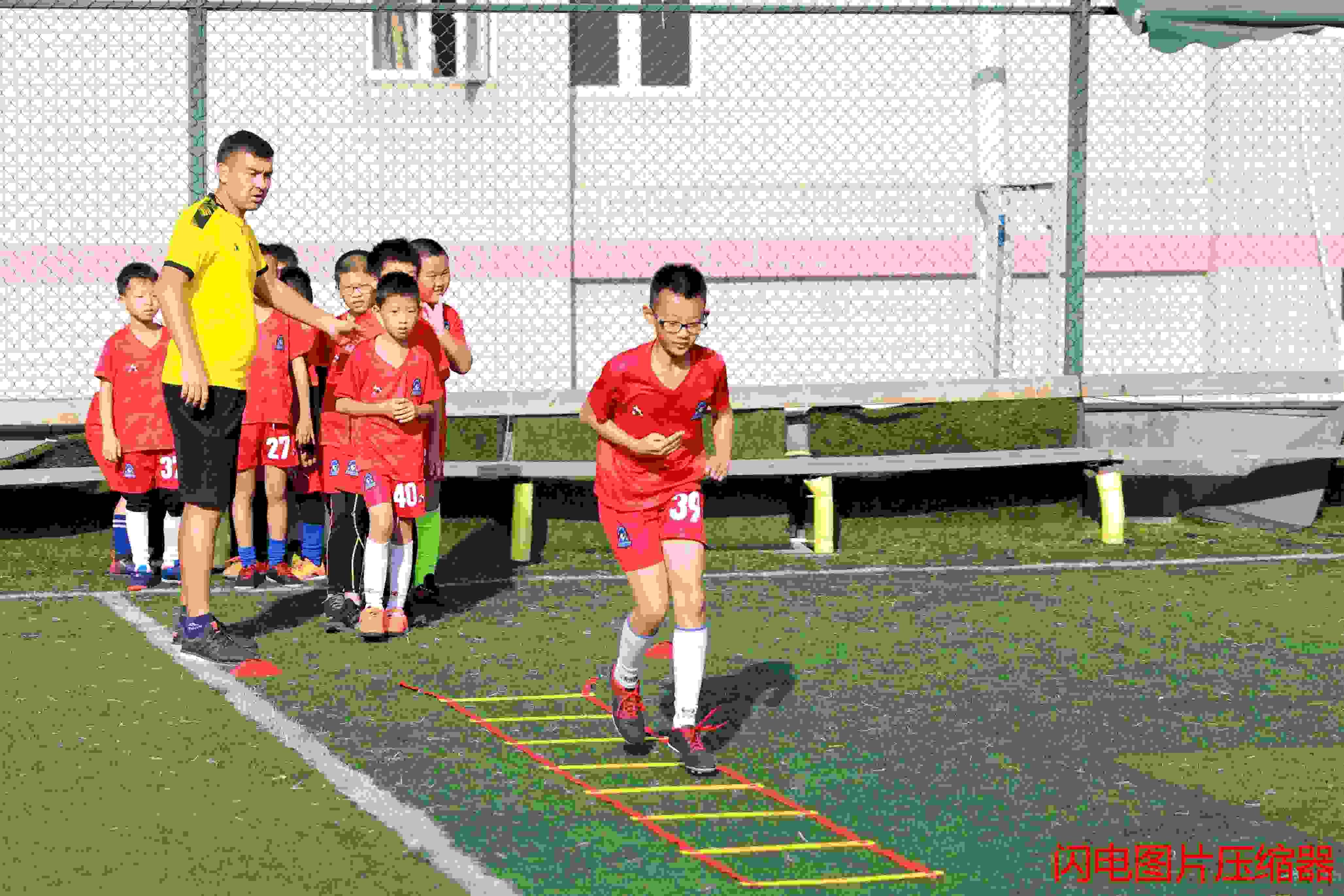 羅湖足球培訓夏令營「奧蘭治體育產業(深圳)供應」