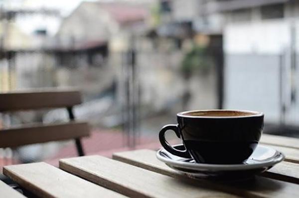 半自動咖啡機批發 創新服務「成都創客龍嘉食品供應」