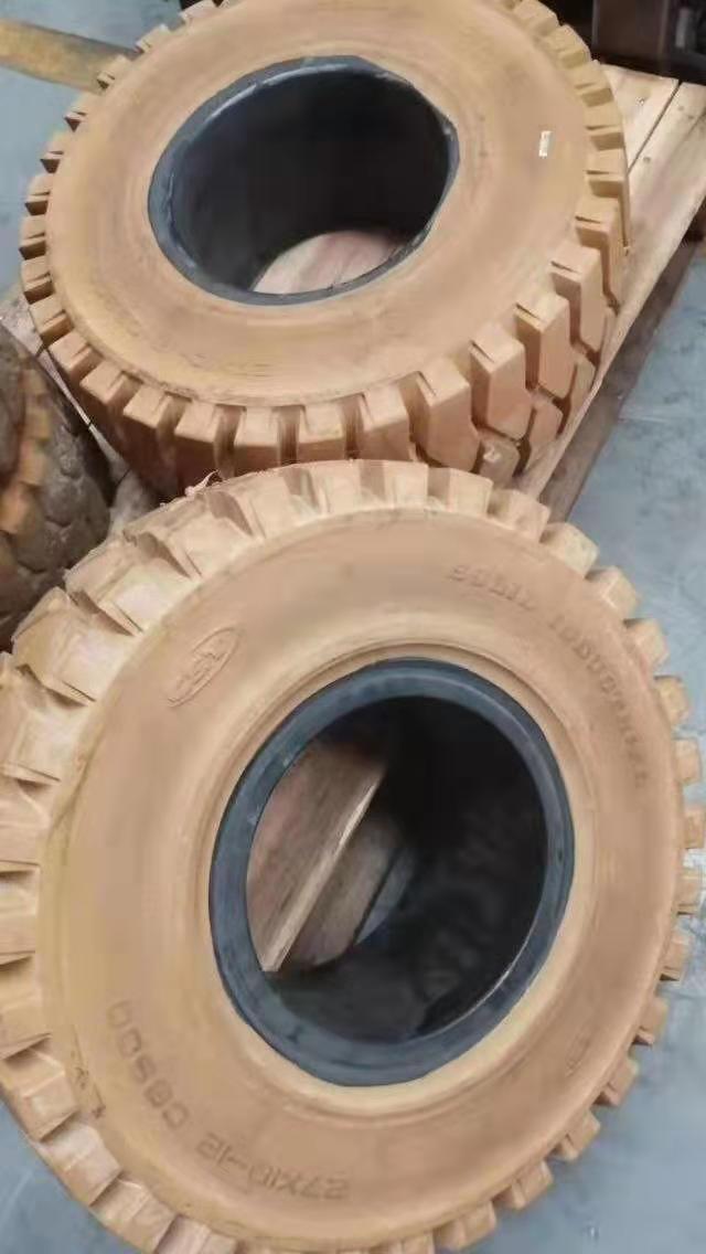 昆山林德叉车原装轮胎服务厂家,轮胎