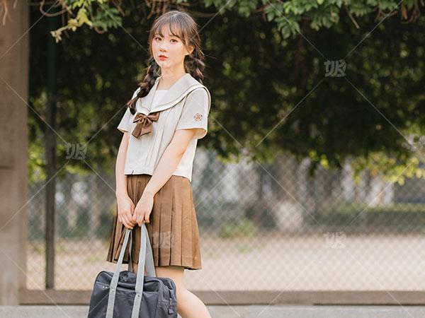 安庆JK制服生产商 欢迎来电 艾秋服装供应