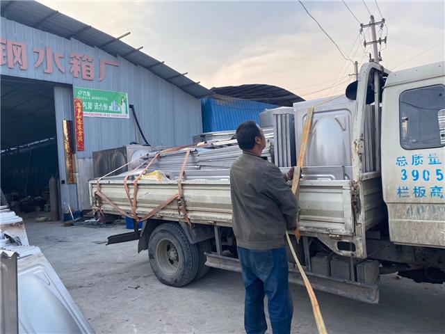 贵州保温水箱定制 贵阳海翔鑫不锈钢制品供应
