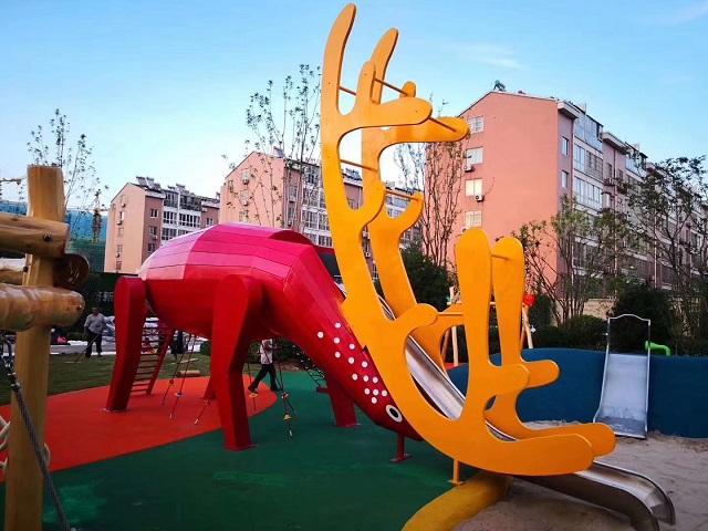 知名室内外拓展设备标准「温州嗨童游乐设备供应」