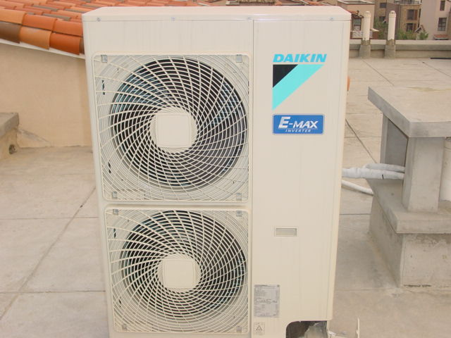 吉安空调回收哪家价格高 值得信赖 南昌汉浚机电设备供应
