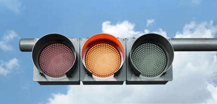 西安高杆信号灯供应商 诚信经营「 四川华圣四维交通设施供应」