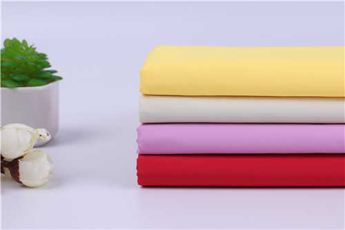 聚酯纤维冲锋衣面料有哪些「深圳市金鸿胜纺织科技供应」