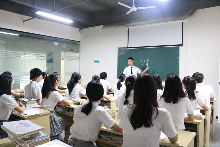 鹰潭知名编导培训价格 抱诚守真 芳华文化艺术培训供应