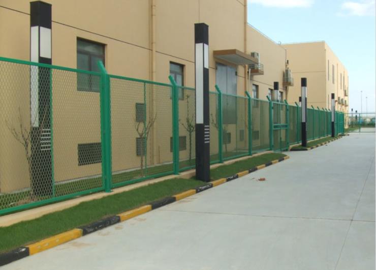 那曲机场围栏多少钱,围栏