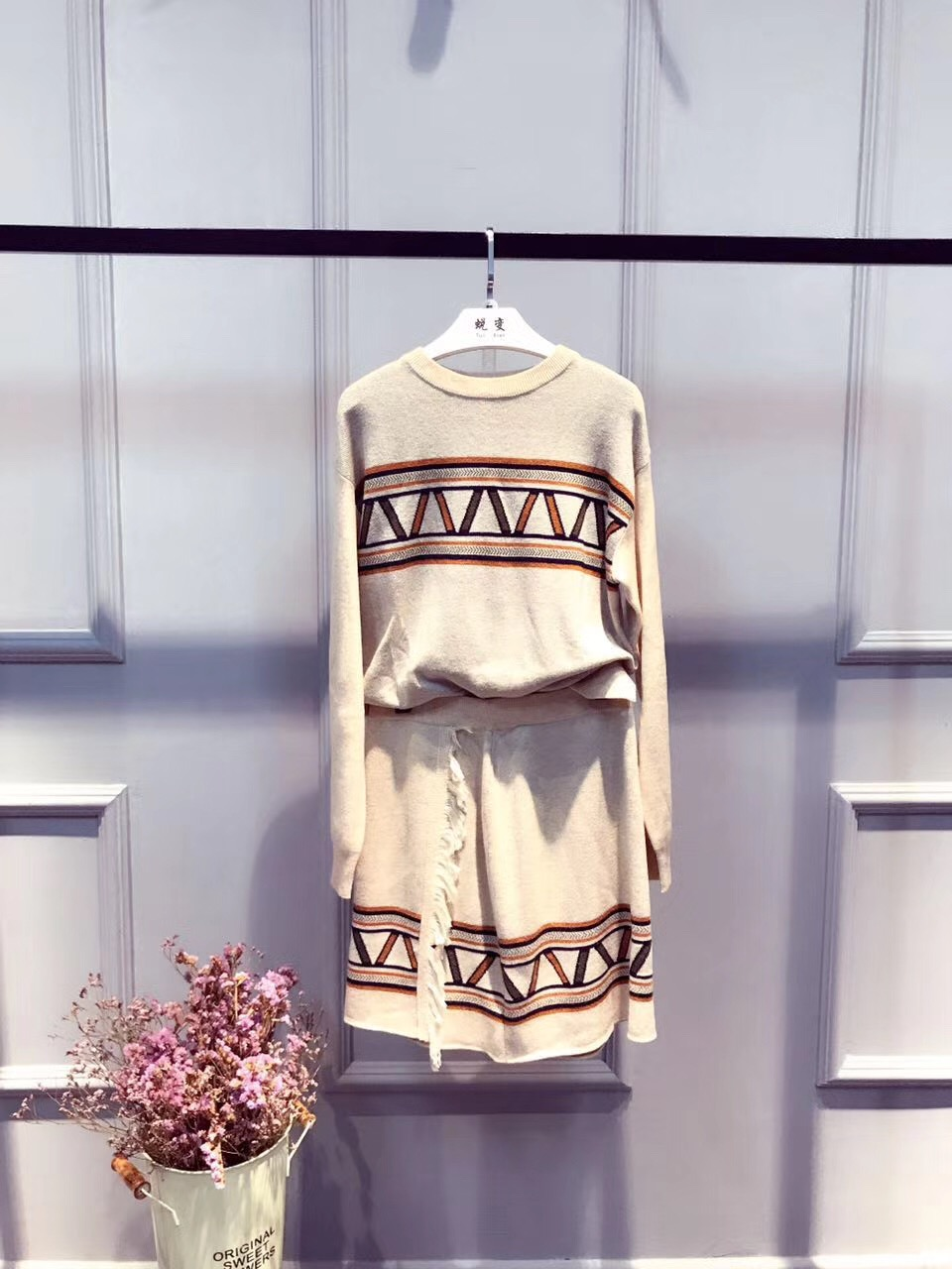河南加盟品牌女裝加盟「杭州蛻變時尚服飾供應」