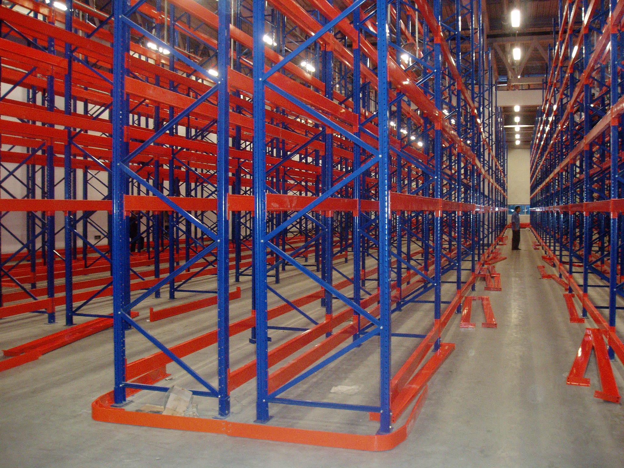 常州悬臂重型货架源头厂家 有口皆碑 苏州苙泽物流设备供应