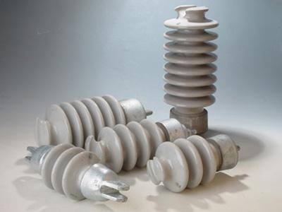 赣州普通型悬式瓷绝缘子 值得信赖「江西百新电瓷电气供应」