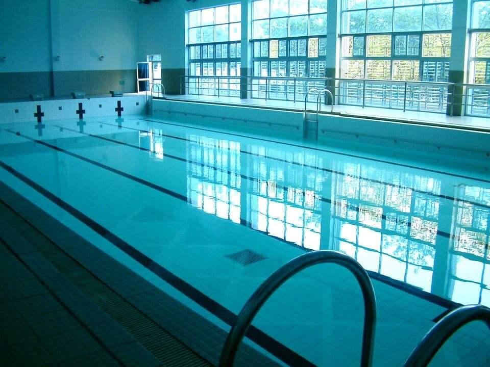 自贡销售游泳池水处理多少钱,游泳池水处理