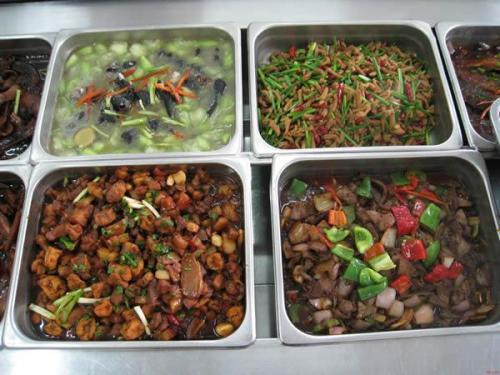 杨浦区工地食堂外包 服务至上「上海皓斩餐饮管理供应」