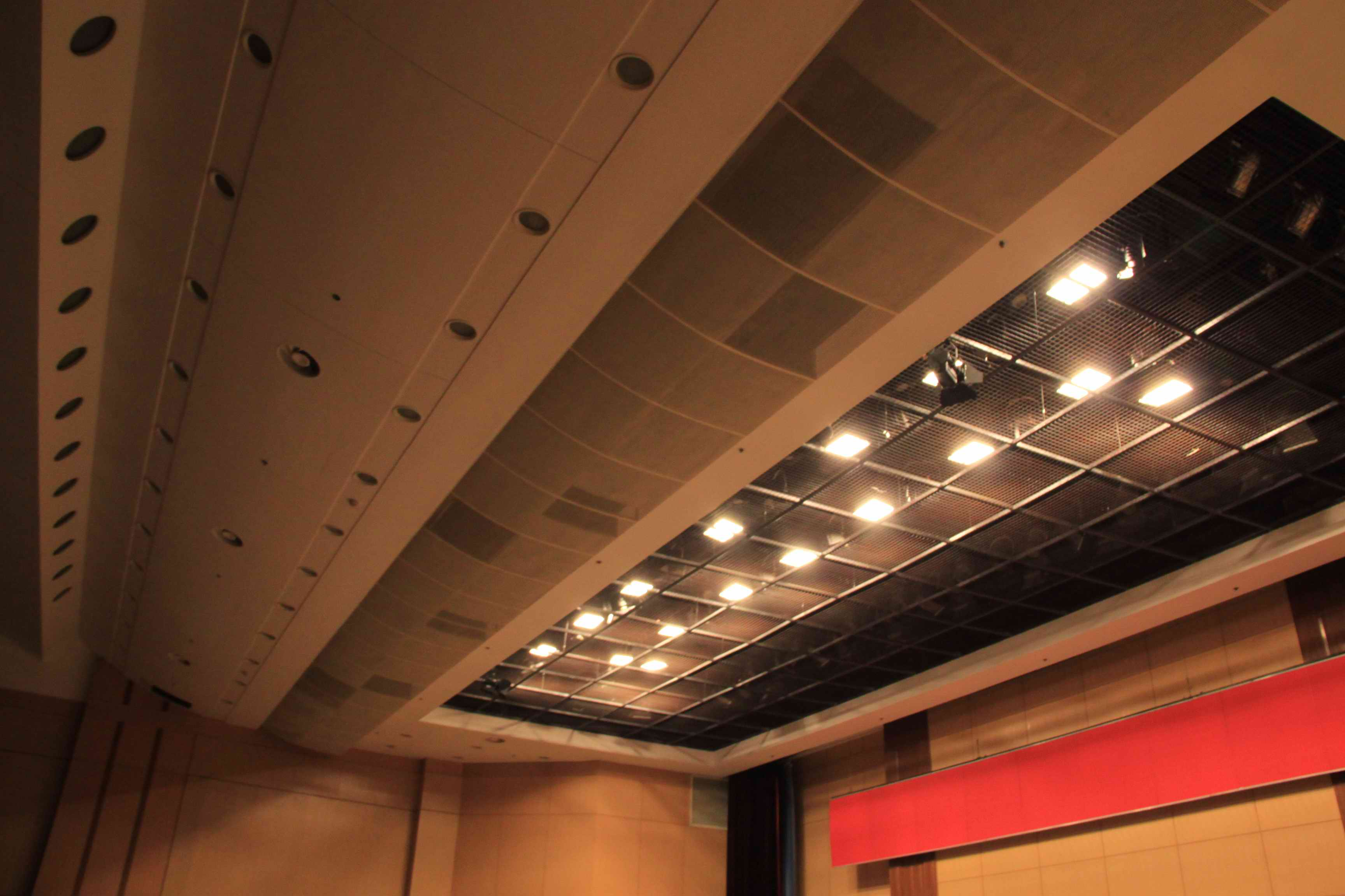 官方授權經銷舞臺機械高品質選擇「上海海邑聲光科技供應」