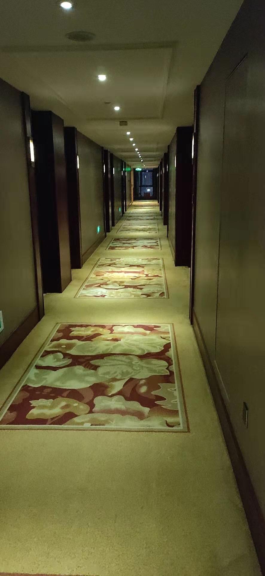 深圳展会旧地毯出售,旧地毯出售