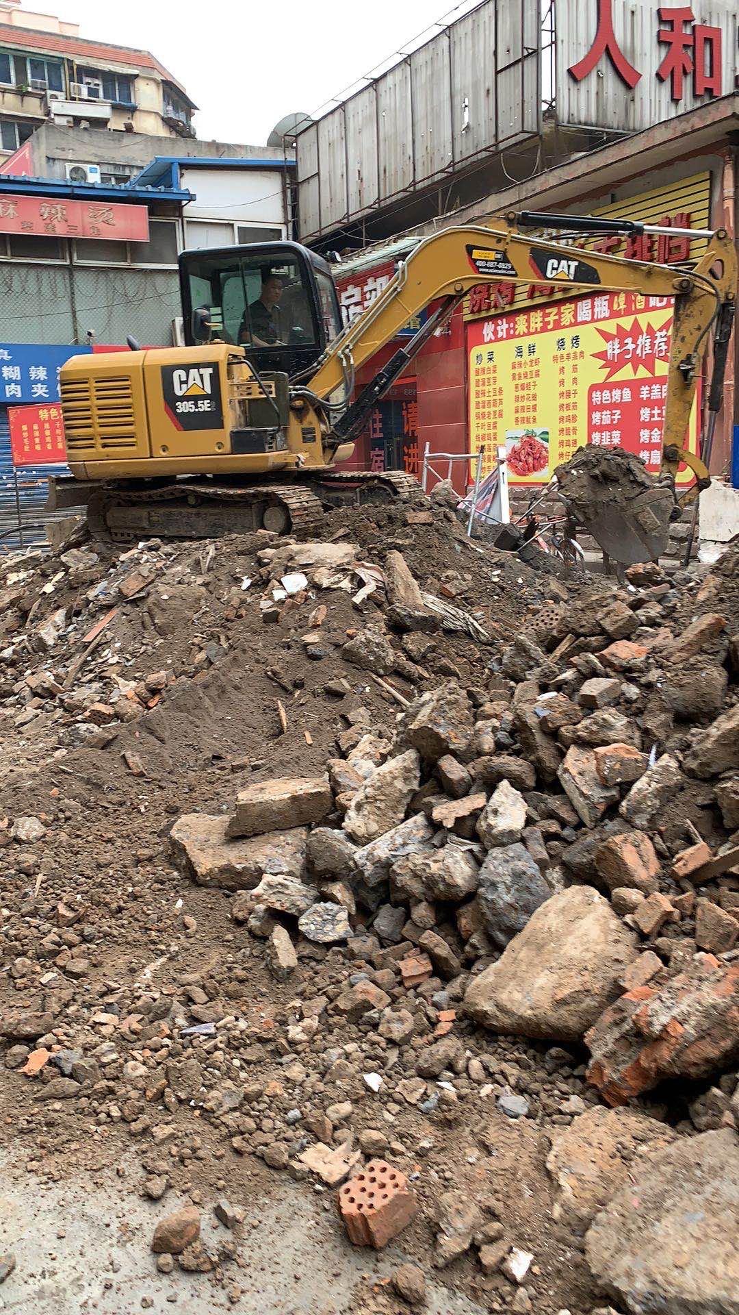 蓮湖區省錢挖掘機租賃高質量選擇  陜西榮盛機械供應