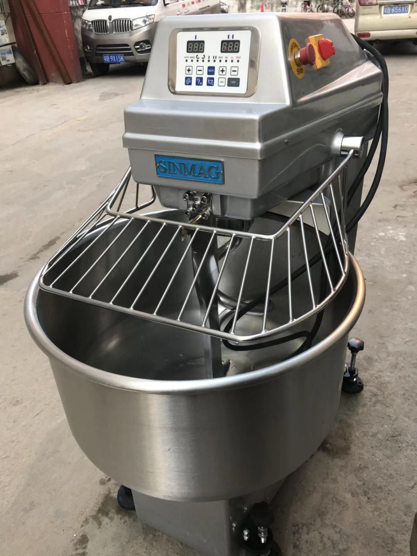 汕头烘焙设备回收价 贴心服务「深圳市轩记机械贸易供应」