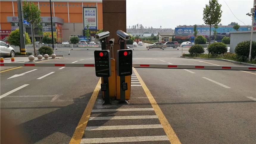 金山区知名停车场车牌识别系统联系人 来电咨询「上海天岐山电子科技供应」