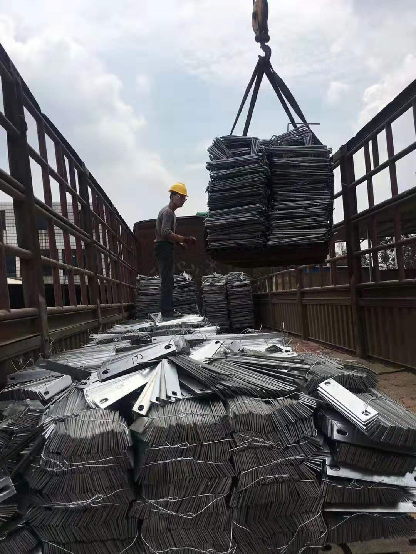 云南拉环螺栓批发 嵩明固成标准件制造供应