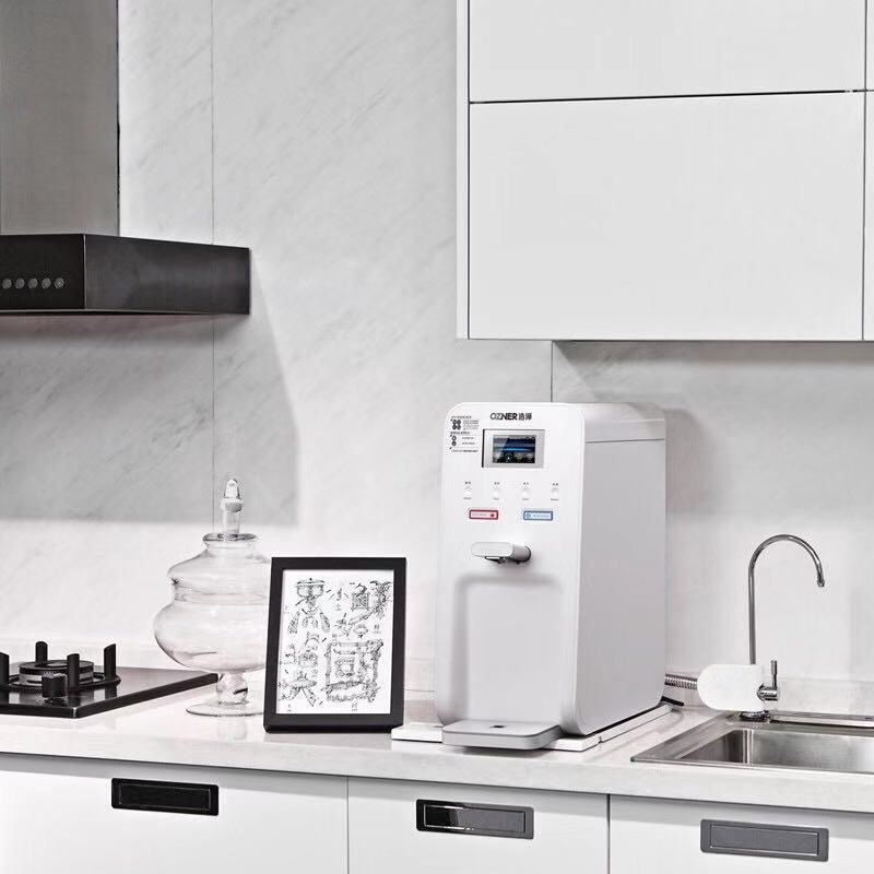 知名家用厨上净水器行业专家在线为您服务,家用厨上净水器