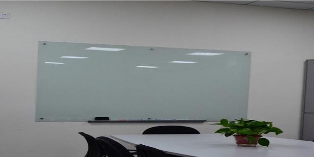 福建普通玻璃白板安裝「優雅供」