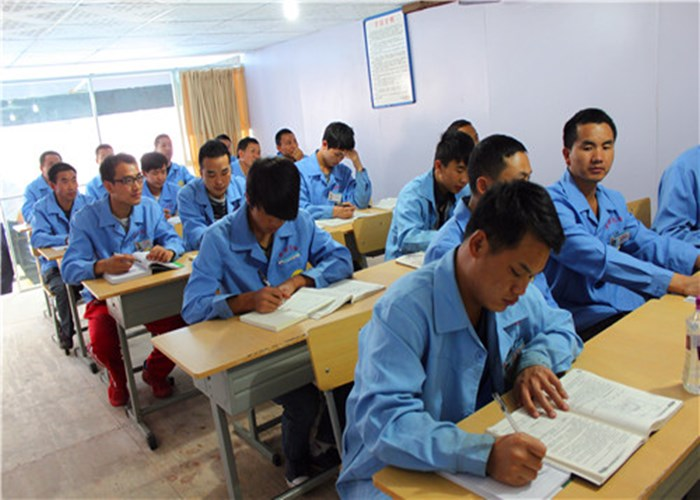 昆明机电制冷机调节温度 值得信赖 云南先科职业培训学校供应