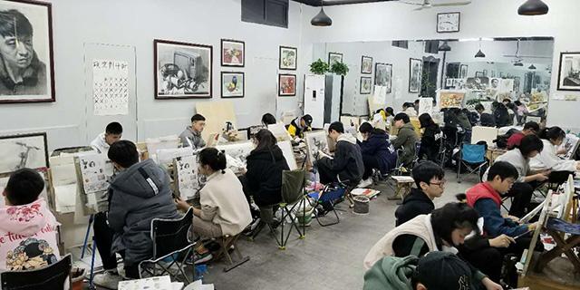 张店七中附近高考速写培训机构「淄博新动力画室服务」