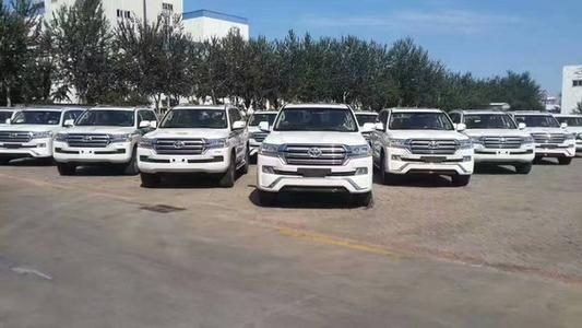 北疆别克gl8租车哪家好 六朋汽车租赁供应