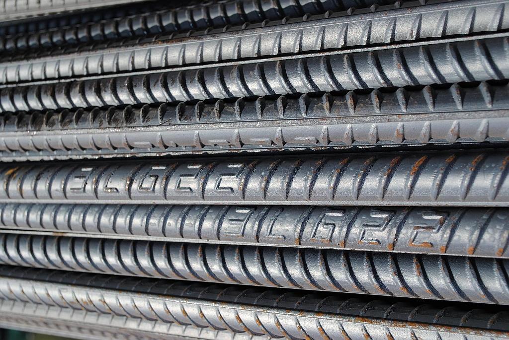 昌吉精轧螺纹钢生产厂家 诚信互利 新疆中资银通贸易供应