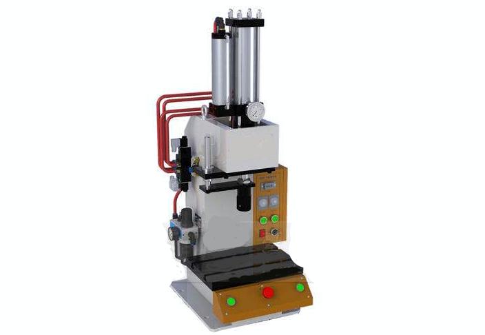 安徽四柱液压机 贴心服务 无锡翔轩液压设备供应