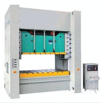 湖北操作性能好龙门液压机制造厂家 客户至上 无锡翔轩液压设备供应