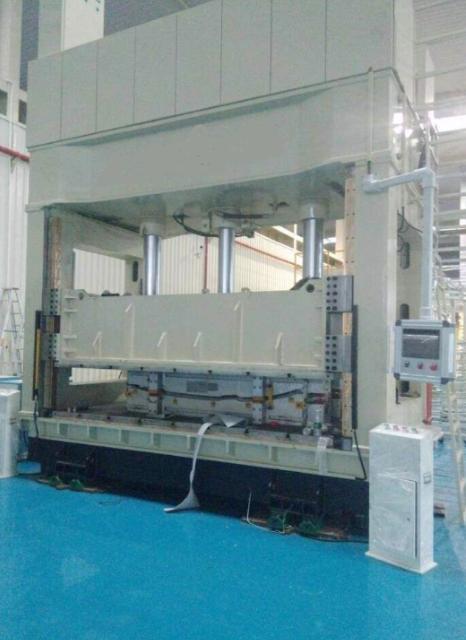 浙江操作性能好龙门液压机哪里好 欢迎来电 无锡翔轩液压设备供应