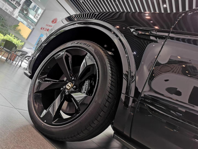 试驾宾利添越 V8镀金 欢迎咨询「深圳市易车会汽车销售服务供应」