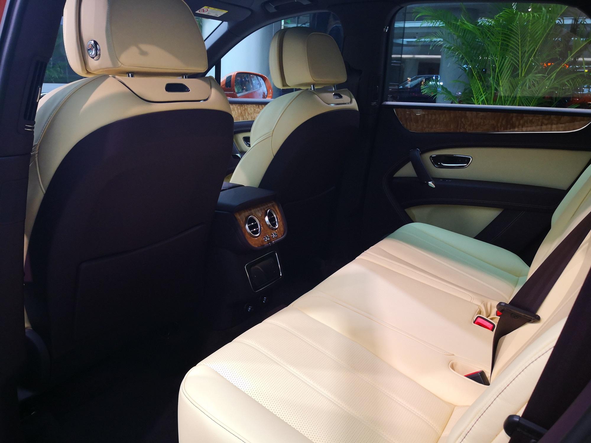 平行进口宾利添越 V8保养 欢迎来电「深圳市易车会汽车销售服务供应」